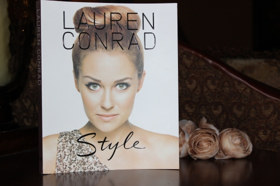 lauren conrad, style, book, book of the month. book club, fashion, blog, blogger