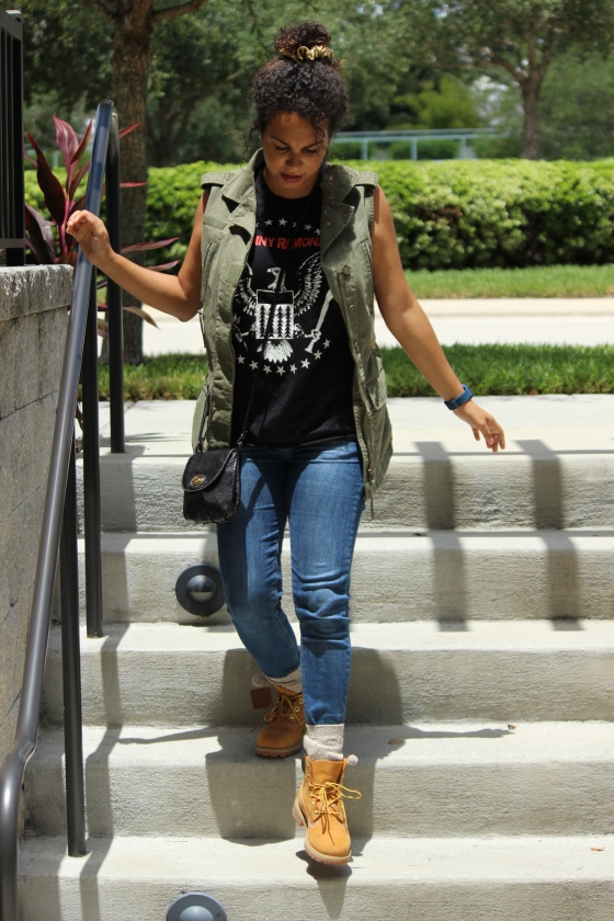 forever 21, ramones, band t-shirt, jeans, ootd, johnny ramone