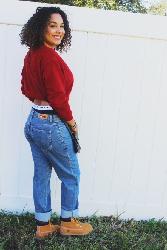tommy hilfiger, aaliayh, fall, boyfriend jeans, curly hair, timbs, wheat, timberlands, 90's,fashion